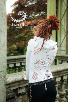 Double Spiral long neck top-hand by ShambaWear on Etsy Hippie Party, Cut Up Shirts, Recycled Fashion, Altering Clothes, T Shirt Diy, Looking Stunning, Summer Collection, Hippie Boho, Diy Clothes