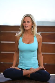 Jenny McCarthy-absolutely LOVE her!!! She's always been & always will be my all time favorite.