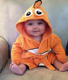 Popular Muslim Baby Names with meanings in Arabic/Urdu text. Modern Islamic and Muslim names for boys and girls, Arabic Names. So Cute Baby, Baby Kind, Cute Baby Clothes, Cute Kids, Cute Babies, Funny Babies, Cute Baby Pictures, Baby Photos, Little Babies
