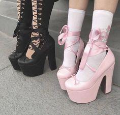 black pink blackpink heels high heels black aesthetic pink aesthetic black and pink aesthetic Kawaii Fashion, Lolita Fashion, Cute Fashion, Gothic Fashion, Fashion Shoes, Style Fashion, Fashion Black, Pink Fashion, Fashion Fashion