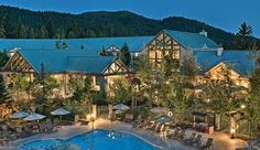 Tenaya Lodge at Yosemite: Tenaya Lodge offers easy access to Yosemite but is far from the National Park's crowds.