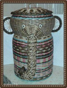Поделка изделие Плетение слон  еще слон  и приплелось немного  Бумага газетная Бумага журнальная Трубочки бумажные фото 2