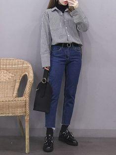 I Love these korean fashion outfits. Korean Fashion Trends, Korean Street Fashion, Korea Fashion, Asian Fashion, Look Fashion, Fashion Design, Kpop Outfits, Cute Outfits, Casual Outfits