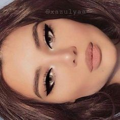 Retro cat eyes Plastic Surgery, Septum Ring, Eyebrows, Beauty Makeup, Photoshop, Cher Plastic Surgery, Eyebrowns, Eye Brows, Eyebrow