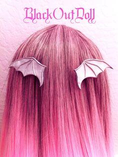 Silver Bat Medieval Fairy Tale Wings Majestic por BlackOutDoll