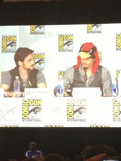 Our cast on stage at #ComicCon. #OnceUponaTime