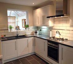 Liso Brillo White Kitchen Wall Tile This Range Of Kitchen Wall Tiles Has A Gloss