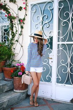 Striped tshirt and white shorts ✅ I have jcrew striped tshirt a in pink/white yellow/white grey/white navy/white ✅✅✅✅✅ Clothes mine, fashion clothes enough fashion casual preppy summer casual Source by LisetteGraceK clothes fashion moda Outfits With Hats, Preppy Outfits, Short Outfits, Summer Outfits, Striped Outfits, Southern Curls And Pearls, Look Con Short, Cruise Outfits, White Denim Shorts