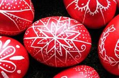 Yes, you can really make traditional Hungarian Easter eggs at home without purchasing a special tool! This link provides detailed instructions on how to make your own tool for melting and applying the beeswax designs. Happy Easter, Easter Bunny, Easter Food, Easter Egg Pattern, Easter Egg Designs, Ukrainian Easter Eggs, Easter Traditions, Egg Art, Easter Holidays