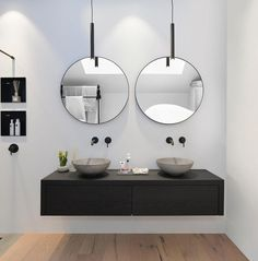 Rustic Home Interior Desgins Would you like to be better equipped next time you set out to purchase furniture for your home? Rustic Bathroom Decor, Bathroom Styling, Bathroom Interior, Small Bathroom, Bathroom Bath, Remodel Bathroom, Bathroom Fixtures, White Bathroom, Master Bathroom