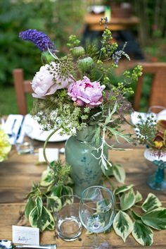 Dreamy garden dinner hosted by Homespun ATL » heart, it races