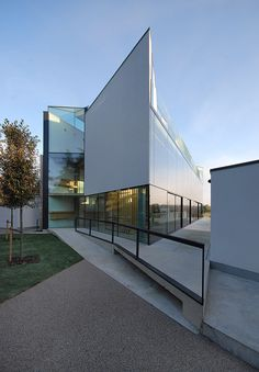 RIBA- BEST NEW HOUSE UK, 2011 House in Epsom, Surrey by Eldridge Smerin.