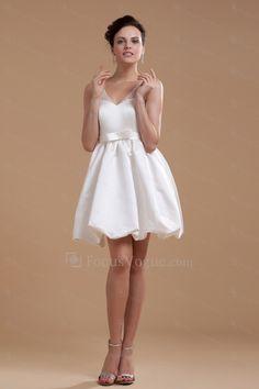 Satin v-hals kort a-linje brudekjole med perler og paljetter - Focus Vogue