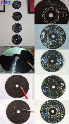 Eerst met zwarte wasco over cd gaan, dan met potlood tekenen en wegkrassen.