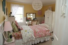 Room Update Was Vintage Linens Sweet Colors And Her Favorite Color At