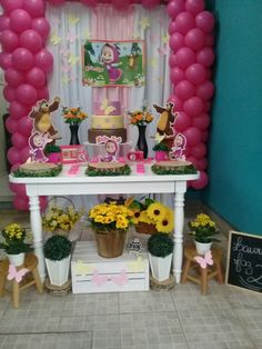Decor masha e o urso Bear Birthday, 2nd Birthday Parties, Happy Birthday, Birthday Cake, Masha And The Bear, Ideas Para Fiestas, Birthday Dresses, Party Time, Alice