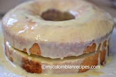 How about Pastel Borracho? Pastel Borracho is basically rum-soaked sponge cake, top with prunes and creme My Colombian Recipes, Colombian Food, Pastel Borracho, Cake Cover, Cupcake Cakes, Cupcakes, Holiday Dinner, Sponge Cake, How To Make Cake