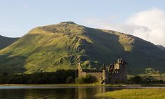 Discover one of Scotland's most photographed castles in the lochside powerbase of the Campbells of Glenorchy.