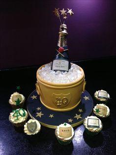 Champagne bucket cake 40 th birthday cake 40th Birthday Cakes For Men, 40th Cake, Novelty Birthday Cakes, 25th Birthday, Surprise Birthday, Birthday Ideas, Golden Anniversary, Anniversary Ideas, Champagne Birthday
