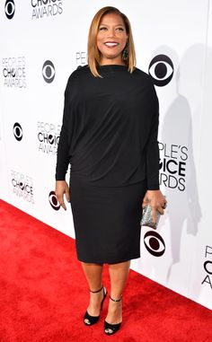 Hey curvy girls all over the world, Two of our favorite plus size celebs hit up the red carpet at the 2014 People's Choice awards. Queen Latifah rocked an all READ Queen Latifah, Nice Dresses, Dresses For Work, Girl With Curves, Choice Awards, Glamour, Yellow Dress, Star Fashion, 50 Fashion