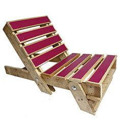 pallet chair.  I want to make one of these for my house!