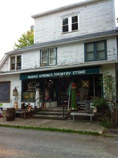 Charming Country Store