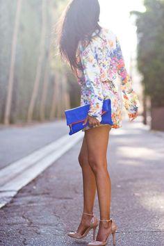 Bonita cartera color azul.