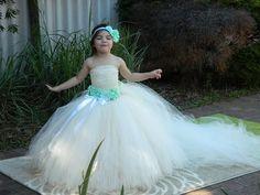 36.68$  Watch now - https://alitems.com/g/1e8d114494b01f4c715516525dc3e8/?i=5&ulp=https%3A%2F%2Fwww.aliexpress.com%2Fitem%2FBeige-Flower-Girl-Dresswith-Detachable-Train-Aqua-Flower-Children-Clothing-Perfect-for-Weddings-Photo-Shoots-kids%2F32664418929.html - Beige Flower Girl Dresswith Detachable Train Aqua Flower Children Clothing  Perfect for Weddings Photo Shoots kids Dress PT255