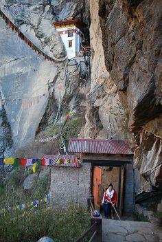 Acantilados de Bhután