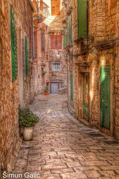 Sibenik, Croatia. Croatia Itinerary, Croatia Travel, Dubrovnik, Montenegro, Places Around The World, Around The Worlds, Beautiful World, Beautiful Places, Croatian Coast