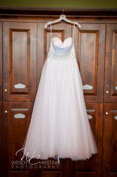 Heather & Zack's Wedding at Aliso VIejo Country Club #OrangeCountyWedding #AlisoViejoCountryClub #california #alisoviejo #ocweddingn #rusticwedding #bride #weddingdress #WendyChristinePhotography