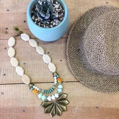 #nature #botanic #garden #model #necklace #wood #green #brass #boho #chic #style #trends #longnecklace #white #beautiful #shellydahari #evening #summer #spring #fall #2017 #colors #bold #beads #colorful #silver #pendant #handmade