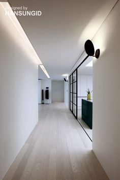Laminate Flooring While Remodeling the Home Apartment Interior, Room Interior, Interior Design Living Room, Living Room Designs, Interior Decorating, Floor Design, House Design, Timber Flooring, Home Renovation