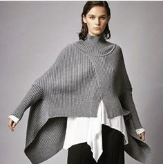 Irregular Hem Bat Sleeve Knit Top 2019 Irregular Hem Bat Sleeve Knit Top Ladysys The post Irregular Hem Bat Sleeve Knit Top 2019 appeared first on Sweaters ideas. Knitwear Fashion, Knit Fashion, Oversized Pullover, Mode Simple, Casual Outfits, Fashion Outfits, Crochet Poncho, Mode Inspiration, Pulls