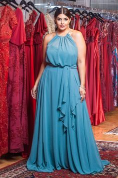 Gala Dresses, Couture Dresses, Fashion Dresses, Curvy Fashion, Plus Size Fashion, Full Figure Dress, Social Dresses, Plus Size Looks, Wedding Guest Style