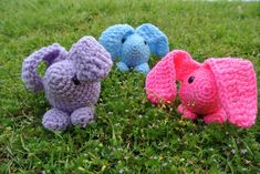 Baby Bunny amigurumi pattern by Simply Collectible - a Free pattern to make the cutest bunnies ever in 45 minutes or less! #crochet