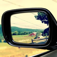 This is a big world, that was a small town there in my rear view mirror disappearing now...