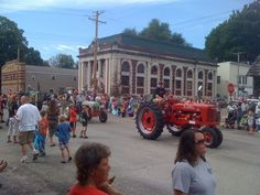 Every Labor Day, Greenview, IL holds a parade...and car show. In 2012, there were over 300 Classic Cars on display!