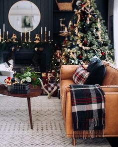 Timber Charme Tan Sofa I have a love Christmas Traditions, Christmas Themes, Christmas Holidays, White Christmas, Tartan Christmas, Natural Christmas Tree, Christmas Wreaths, Minimalist Christmas, Christmas Villages