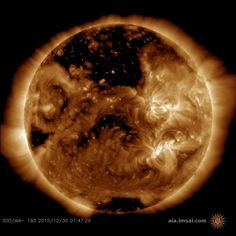 Solar wind flowing from the coronal hole could reach Earth on Jan. 2-3-2016. Credit: SDO/AIA.