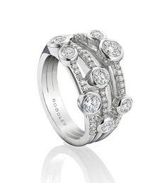 A contemporary, versatile ring from Boodles' iconic Waterfall collection. 1.41ct of round brilliant cut diamonds, in platinum