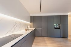 Cocina Santos - Cocina blanca - Cocina con isla - cocina abierta - mármol - cocina de mármol - kitchen - open kitchen - white kitchen - Cocina moderna - decoración - interiorismo - decor - minimal - minimalismo - nórdico