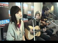 """Acoustic. Nice.  Performance Corner - Carly Rae Jepsen """"Call Me Maybe"""""""