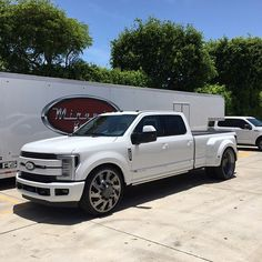 "Brand New 2017 Ford F-350 Dually. 28"" @americanforcewheels Raptor with @fueloffroad 305/30-28 ..."