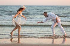 Preboda en Trigueros + Mazagón // Mari & Antonio « Enfoca3 - Fotógrafos Bodas Huelva   Sevilla   Cáceres Cover Up, Couple Photos, Couples, Beach, Sevilla, Couple Shots, The Beach, Couple Photography, Couple