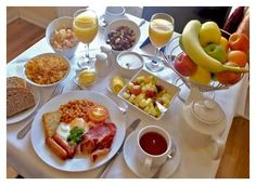 Full Irish Breakfast with all the recipes--Great for a St. Patrick's Day family tradition!!