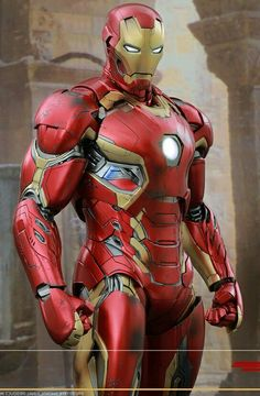 Mark 45 Marvel Comic Universe, Marvel Dc Comics, Marvel Heroes, Marvel Avengers, Geeks, Iron Man Arc Reactor, Hot Toys Iron Man, Super Anime, Iron Man Suit
