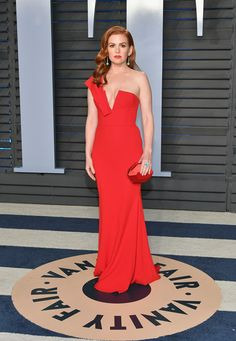 Isla Fisher in Alex Perry - The Best Dressed At The 2018 Oscars After Parties - Photos