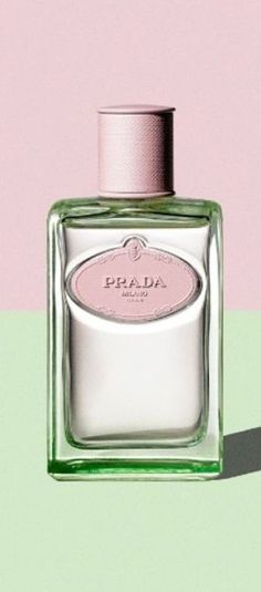 Graceful # Rose et Anis # Diane Artémis Mint Color, Pink And Green, Bordeaux, Shades Of Light Blue, Green Palette, Pretty Pastel, Green Fashion, Pantone Color, Violet