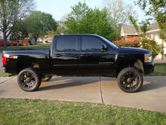 how much does a chevrolet silverado 1500 weight